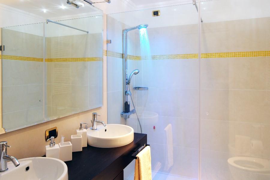 lavabo-piatto-doccia-gres-2