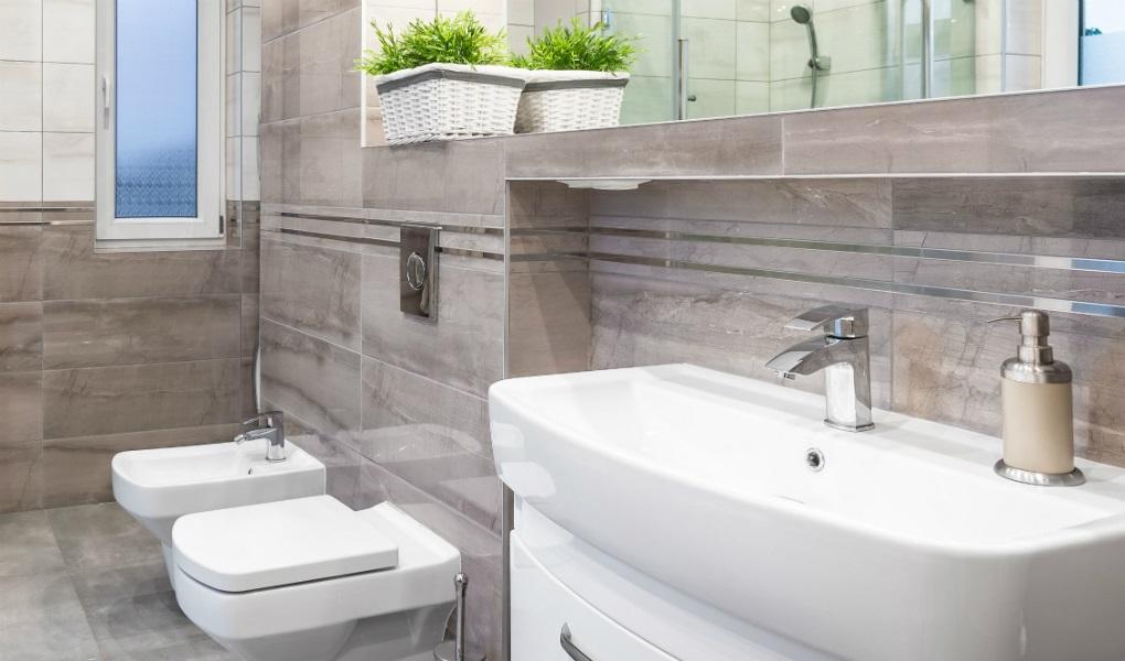 Piastrelle Bagno Opache.Come Ottenere Una Perfetta Pulizia Di Un Bagno In Gres Nami Bath