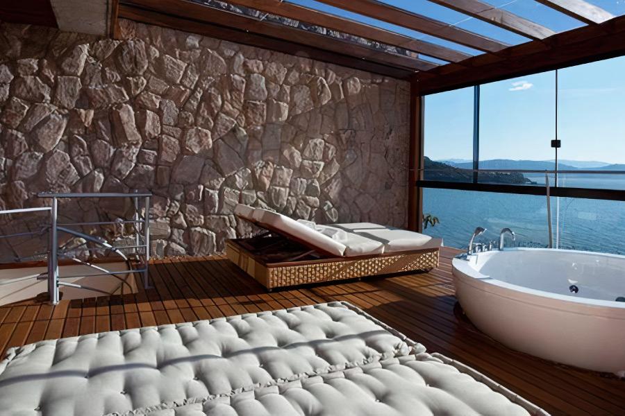 Come progettare bagni per hotel di lusso da sogno